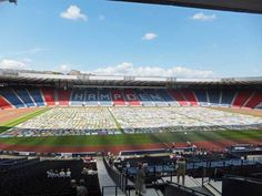 On Saturday 8th June 2013, almost 4,000 donated quilts were displayed at Hampden Park National Football Stadium, Glasgow. This was a project started by Ann Hill, Quilter in Residence for Alzheimer Scotland to raise funds for this Charity.