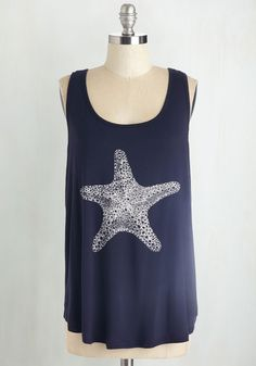 Starring Role Top. Sand dollars are lovely and jellyfish are beautiful, but for you, the beach is all about the starfish! #blue #modcloth