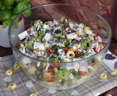 Sałatka brokułowa z tortellini Tortellini, Cobb Salad, Feta, Potato Salad, Grilling, Food And Drink, Potatoes, Ethnic Recipes, Drinks
