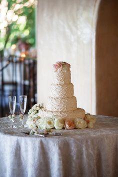 Photography: Ryon:Lockhart Photography - ryonlockhart.com/  Read More: http://www.stylemepretty.com/california-weddings/2014/05/03/la-venta-inn-summer-wedding/