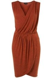 Burnt orange dress, would be supper cute with a sash belt that tied in back with a little bling in front. could be a bridesmaid dress. Wrap Dress, Dress Up, Burnt Orange Dress, Bridesmaid Inspiration, Autumn Clothes, Weekend Wear, Modest Dresses, What To Wear, Fashion Beauty