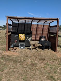 Homemade archery target shelter With backdrops. Deer Hunting Tips, Hunting Rifles, Archery Hunting, Hunting Cabin, Archery Range, Archery Tips, Crossbow Targets, Archery Targets, Archery Target Stand