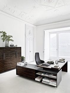 When planning a home office or office workspace, you want to plan to purchase your computer desk furniture in the most efficient and cost-efficient manner. Office Table, Office Workspace, Ceo Office, Office Wear, Office Interior Design, Office Interiors, Office Designs, Couleur Feng Shui, Executive Office Furniture