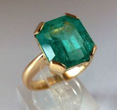 Breathtaking 9.30ct AAAA Fine Natural Colombian  Emerald Solitaire Ring 18K  Y.G #Solitaire