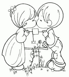 Novios besandose san valentin