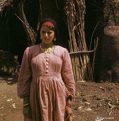 Egyptian peasant  فلاحة مصرية