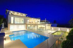 Ultra Modern House with 3 Levels and Ocean Views from Everywhere