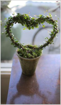 Angel-vine heart. Cute for wedding, valentine, & anniversary gifts.
