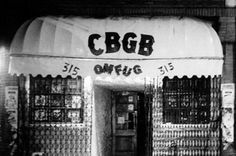 17 Awesome Photos That Captured CBGB's Iconic 1970s Punk Scene