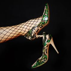 custom high heels, custom shoes, hand-paited high heels, custom high heels