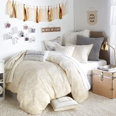 With delicate hints of wanderlust and festival culture, the Sandstorm Comforter and Sham Set sets the tone for a laid-back oasis. Fluffier than your average comforter, the design features a distressed sandy base tone and a beautifully detailed off white inlay inspired design. Made from smooth 100% cotton sateen, you will want to live in this luxuriously breathable fabric.