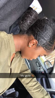 Now we offer you the simplest cuts and tips and advice for - Hairstyles Pelo Natural, Natural Hair Tips, Natural Hair Inspiration, Natural Hair Styles, Natural Hair Ponytail, Going Natural, Party Hairstyles, Weave Hairstyles, Black Girls Hairstyles