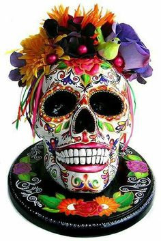 Resultado de imagem para day of the dead skull cake Day Of The Dead Party, Day Of The Dead Skull, Day Of Dead, Day Of The Dead Cake, Candy Skulls, Mexican Skulls, Mexican Folk Art, Skull Rock, Caveira Mexicana Tattoo
