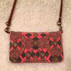 Nwot crossbody wallet Cute Accessories