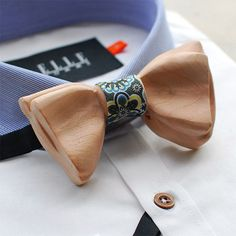Double Wooden Bow Tie