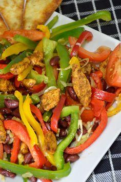 Kulinarne Przeboje: sałatka meksykańska z kurczakiem i pomidorami