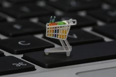 Need a money saving strategy for online shopping? Here are five! Follow these sneaky tips to save money online and make more room in your shopping budget.