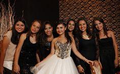 A Sophia Freitas arrasou ao dar uma festa inspirada em suas viagens - 15 anos - CAPRICHO