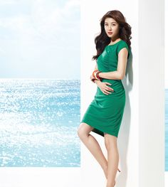 A Colorful Ha Ji Won Is In Blue Paradise For Crocodile Ladies Summer 2013 Catalog Korean Beauty, Asian Beauty, Street Girl, Ha Ji Won, Beautiful People, Beautiful Ladies, Asian Celebrities, Korean Actresses, Summer Collection