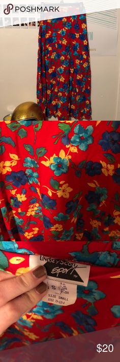 Vintage skirt Super adorable bright vintage skirt  Size small Great condition Vintage Skirts