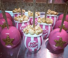 "128 Likes, 7 Comments - Bella Dolce' Delights (@bella_dolce_delights) on Instagram: ""#pinkhollywood #candyapplesbroward #candyapples #candyapple #hollywoodtheme"""