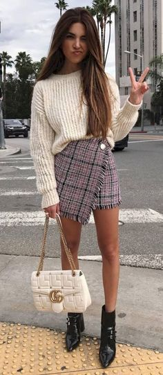 Styling Tips to Make your Legs look Longer Cute Outfits Ideas Petite Fashion Outfits Long Legs Fashion Mode Outfits, Casual Outfits, Fashion Outfits, Womens Fashion, Fashion Trends, Fashion Ideas, Preppy School Outfits, Fashion Clothes, Trendy Outfits For Teens