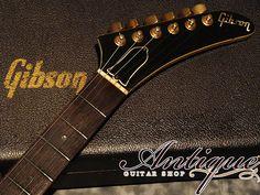 "Gibson Custom Shop Heritage Korina Explorer 83年製 Alpine Whit ltd.500 Full-Original except re-nut ""Super Rare Spec""(中古・ヴィンテージ)ITM0979609【Jギター楽器詳細 Gibson】"