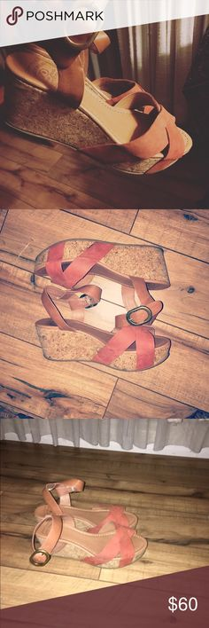 Lucky Brand platform sandals- leather Beautiful condition. Worn once. Vintage look. Lucky Brand Shoes Platforms