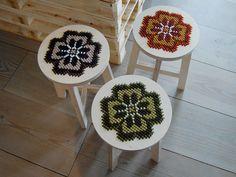 חדר-יצירה - הצבעים של דבורה'לה: רקמת רהיטים - טכניקות לרקמה על חומרים שונים