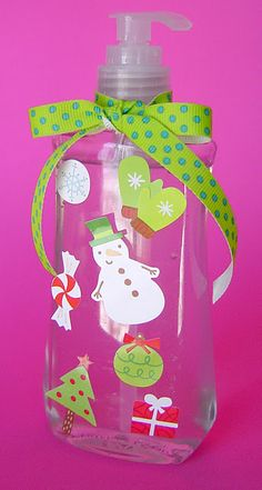Soap decorated for Christmas - simple, easy, quick - could do on hand sanitizer as a teacher gift - tree punch and snowflakes Christmas Treats, Winter Christmas, Christmas Decorations, Homemade Gifts, Diy Gifts, Star Gift, Christmas Ornaments, Merry And Bright