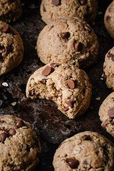 Dairy Free Chocolate Chips, Oatmeal Chocolate Chip Cookies, Chocolate Muffins, Vegan Chocolate, Peanut Butter Oatmeal, Healthy Peanut Butter, Healthy Baking, Almond Butter, Almond Flour