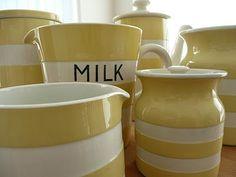 Vintage yellow Cornishware