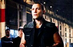 gif mine movie Eric divergent MMC jai courtney divergentedit divergencedaily thecheekbonenetwork fourtrisnetwork i actually liked peter better in the books but jai made me like eric now a lot Eric Coulter, Jai Courtney, Biological Father, Foster Family, Divergent Series, Katherine Mcnamara, The Revenant, Katniss Everdeen, Day For Night