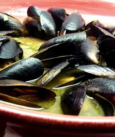 Mussels in white wine garlic butter sauce recipe