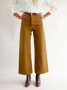 55d2374bf8 10 imágenes populares de pantalon bota ancha