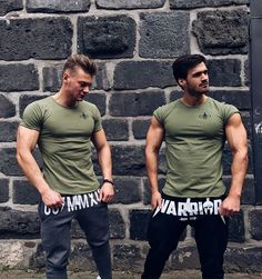 Gym Generation (@gymgeneration) • Instagram-Fotos und -Videos White Outfit For Men, Casual Wear For Men, Sweatpants Style, Fashion Sweatpants, Fitness Pants, Workout Fitness, Body Fitness, Gym Pants, Workout Wear