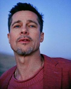 Ryan McGinley part en road trip avec Brad Pitt et en revient avec des photos poignantes