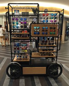 Department Store Shopping Mall Sunglasses Display Rack