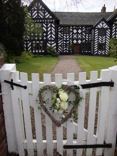 Pretty heart wreath on the gate at Haslington Hall. Outdoor Projects, Outdoor Ideas, Home Projects, Garden Fences, Garden Arbor, England Countryside, Shabby Chic Garden, British Garden, Wedding Venues