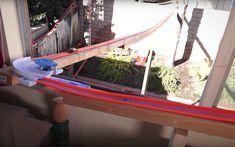 Den her 43 meter lange Hot Wheels bane i baghaven er imponerende