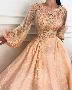 Rose Fawn TMD Gown : Details - Rose color - Embroidered tulle with Silk Taffeta fabric - Handmade embroidered flowers - Party dress Evening dress Couture Dresses, Fashion Dresses, Grad Dresses, Formal Dresses, Looks Party, Flirt, Mode Inspiration, Beautiful Gowns, Beautiful Live