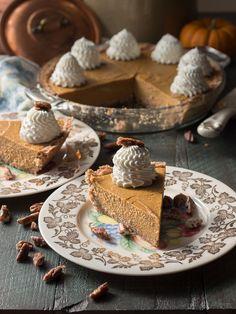 No bake low carb pumpkin pie with gluten free keto pie crust - an easy LCHF dessert recipe.