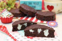 Schon immer liebe ich diese kleinen süßen Schokoladenkuchen... Ergibt 6 Stück rund oder 8 Stück eckig. Für die Weberküchlein: 100 g Butter geschmolzen 100