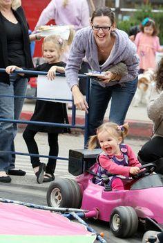 Top 10 Coolest Celeb Moms of 2010
