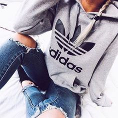 Adidas Women Shoes - Fashion Adidas Print Hooded Pullover Tops Sweater Sweatshirts - We reveal the news in sneakers for spring summer 2017 Look Fashion, Teen Fashion, Runway Fashion, Fashion Outfits, Womens Fashion, Fashion Sandals, Fashion Clothes, Dress Clothes, Fashion 2018