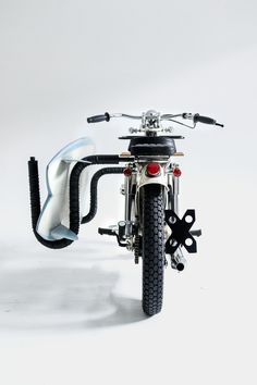 Deus' Vintage Honda 'Sea Sider' Was Built For Surfers Custom Motorcycles, Custom Bikes, Cars And Motorcycles, Moto Bike, Motorcycle Bike, Triumph Cafe Racer, Cafe Racers, Brat Cafe, Ex Machina