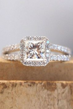 Stunning 10+ Fabulous Princess Cut Engagement Rings https://weddmagz.com/10-fabulous-princess-cut-engagement-rings/