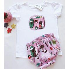 Ropa bebe- Baby clothes. conjunto camiseta y cubrepañal. Culotte bebe. cubrepañales. handmade baby clothes.baby girl.  Baby panty Étoiles