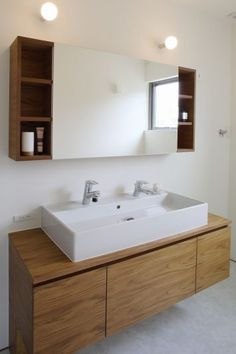 Washbasin Design, Minimal Home, Minimalist Home Interior, Washroom, Bathroom Interior Design, Home Renovation, Home Deco, Ideal Home, House Design