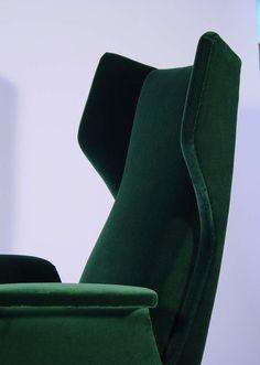 A Breathtaking Pair Of Italian 1950's Armchairs 3